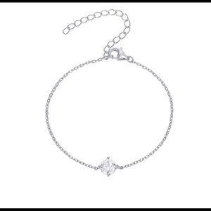 Jewelry - 14k gold plated simulated diamond bracelet New